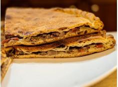 Empanada gallega de ternera...